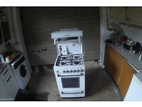Kensington Leisure free standing, eye level grill, gas cooker