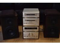 TECHNICS CD/RADIO/CASSETTE PLAYER 90 W MADE IN JAPAN