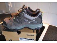 Salomon Men's Kinchega II Hiking Shoe (new)