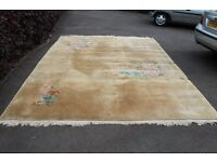 Chinese silk 9'x12' rug, creme colour with flowers