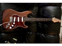 ELECTRIC GUITAR STRATOCASTER NATURAL DARK WOOD fender strings stunning