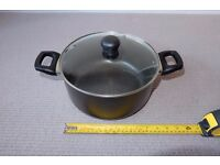 Stockpot with lid & 16cm pot with lid - Unused