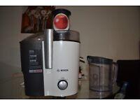 Bosch Juicer XXL 700wat + FREE: BRITA filter jug 2.4 lt