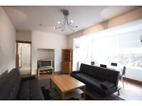 Hendy Street , Roath , Splendid 6 Bedroom House , 3 Bathrooms Ideal For students or professionals.
