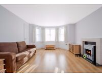 ***AMAZING 2 BEDROOM 2 BATHROOM GARDEN FLAT WITHIN WALKING DISTANCE TO WOODSIDE PARK STATION***