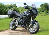 Triumph Tiger 1050 in Black 2010