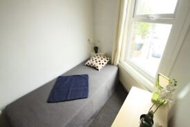 ONE WEEK DEPOSIT, COSY SINGLE ROOM TO RENT NEXT TO ARSENAL STADIUM