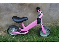 Balance Bike - Small and sturdy. Suitable from 18m/ 2yrs