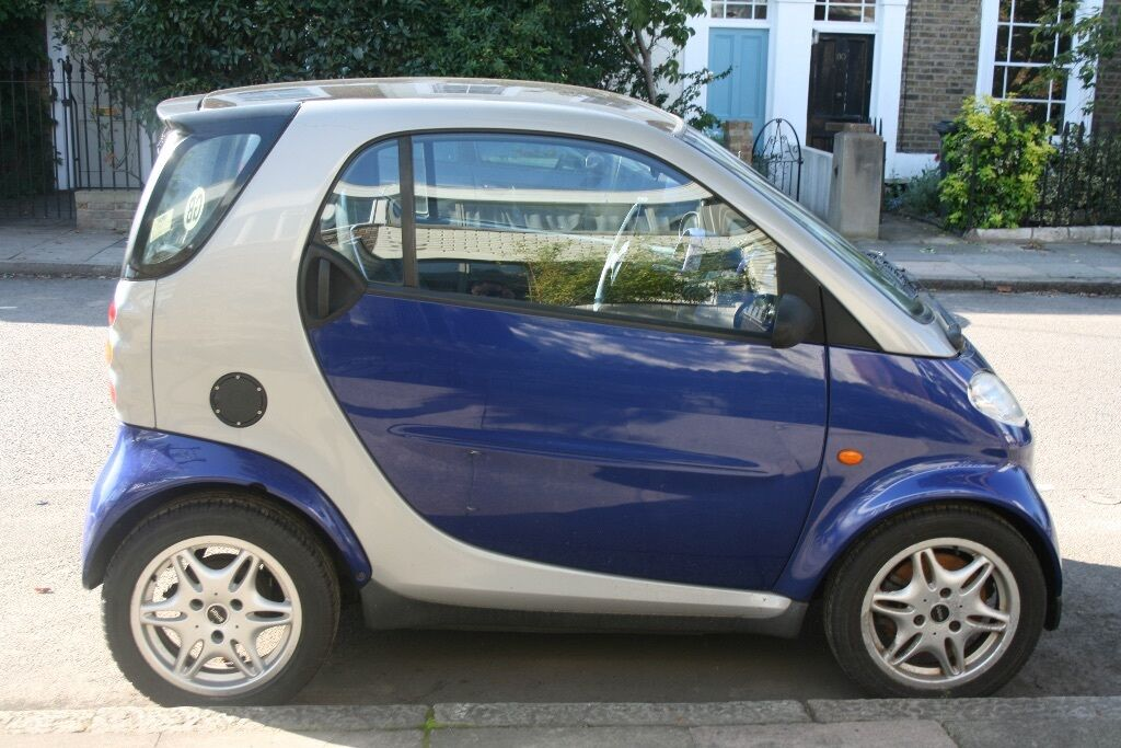 smart car for two passion 2000 blue and silver lhd rebuilt engine reduced price 1250 in. Black Bedroom Furniture Sets. Home Design Ideas