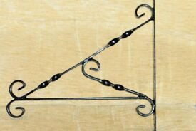NEW LARGE STRONG Quality Garden Decorative Black Bracket for Hanging Basket, 14 inches wide, Histon