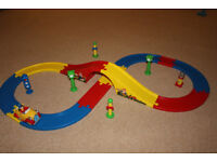 Noddy road with battery operated car & various toys