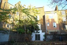 MASSIVE 3 BED SPLIT LEVEL WITH COMMUNAL GARDENS KENTISH TOWN