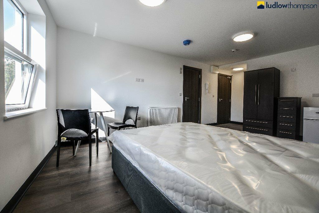 Brand New Pub Conversion Studio Apartments, Set Within Moments of Penge East Station!