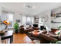 STUNNING TWO BEDROOM MAISONETTE - NEAR BOUNDS GREEN STATION - MUST SEE!