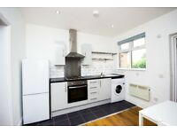 Amazing 1 Bed Flat Available in E18 South Woodford.. Get Calling!!
