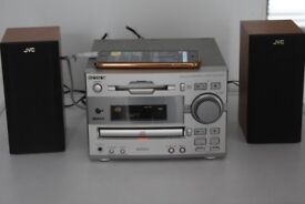 SONY CD/RADIO/AUXIN PLAY IPOD PHONE/80W/ANTENNA/CANBE SEEN WORKING