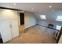 6 Bedrooms Massive House with 4 Toilet & Bathrooms, Driveway and garden in Ilford
