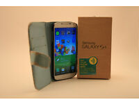 samsung s4 for sale one white one black.