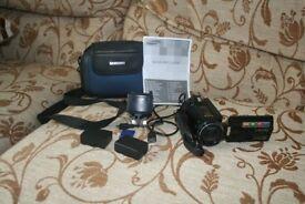 Samsung HMX-H200 Camcorder.