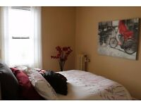 LARGE One bed flat in Finchley N3 BILL INC own bedroom,OWN bathroom OWNkitchen OWN LOUNGE