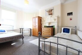 J/BIG DISCOUNT!TWIN ROOM** ACTON TOWN** LOVELY 4BED FLAT