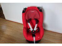 Maxi-Cosi Tobi comfortable toddler seat installed by car seat belt