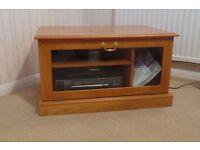 Wood Veneered TV Unit