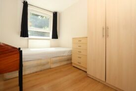 🌸 Stepney Green • Double Room • Available now • 0 Deposit Available •