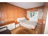 A large 1 bedroom flat for rent with good access to shops, transport and health amenities