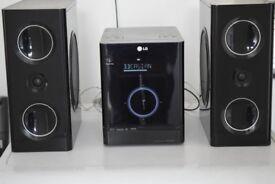 LG FA163DAB/DAB RADIO/CD/USB/PIOD DOCK/AUX IN/60W/DAB ANTENNA