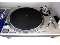 Technics SL1200 Turntable - Silver Technics Deck