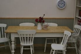 Stunning Pine Country Farmhouse 6½ft Table and Chair Set.