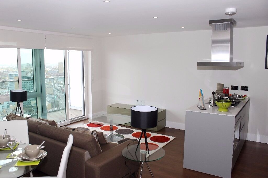 @ ONE COMMERCIAL STREET PENTHOUSE- TWO BED TWO BATH - HEART OF ALDGATE - DESIGNER FURNISHINGS!
