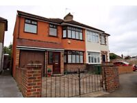4 BEDROOM SEMI-DETACHED HOUSE IN CRAIGWELL AVENUE FELTHAM AVAILABLE NOW!