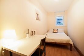 Lovely Double room in MAIDA VALE ** Private Terrace ** MOVE TODAY