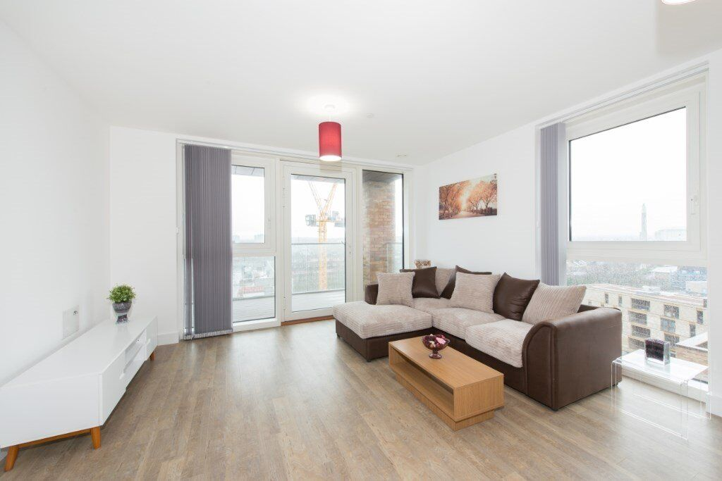 # Stunning 2 bed 2 bath available with parking in Surrey Quays - Greenland place - CALL NOW!!