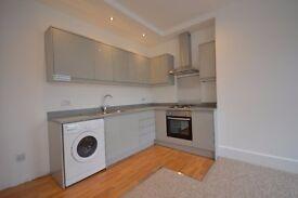 fantastic 3 bedroom flat for rent !!!!! full refurb.