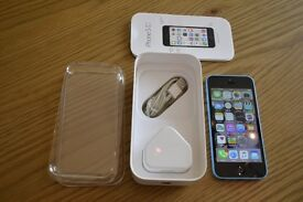 iPhone 5c 16GB In Blue (Virgin Mobile locked) With Charger & Box