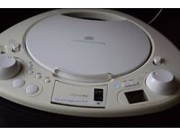PHILIPS CD IPOD DOCK/RADIO MP3 PLAYER/CARRY HANDEL