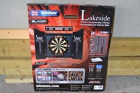 BRAND NEW DART BOARD FOR SALE UNOPENED 30 POUNDS ONLY