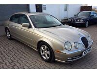 Fabulous looking Project car Jaguar 3.0 V6 SE LOW MILES 90k Great project AMAZING CAR FOR ITS AGE!