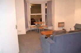 One bedroom Hall floor flat/ Southsea