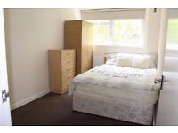 DOUBLE ROOM IN OLD STREET, SHOREDITCH, HOXTON AREA EAST LONDON *ALL BILLS INC* AVAILABLE NOW