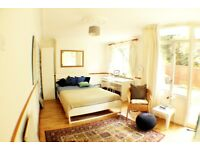 Fantastic Double Room With Private Garden Available in Southfields - Wimbledon