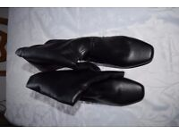 Ladies Black Boots Size 10