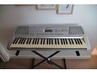 YAMAHA PSR-290 - With Keyboard Stand, Manual, Music Sheet Stand And Power Cable