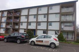 Unfurnished Ground Floor Flat in Denholm Crescent. DSS welcome