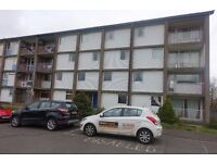 Unfurnished Ground Floor Flat in Denholm Crescent. DSS welcome