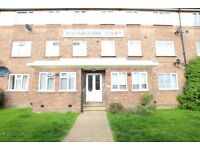 2 bedroom flat in Southbourne Court, Colindale, NW9