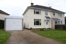 Newly renovated large 3 bedroom house to rent in LE4 area